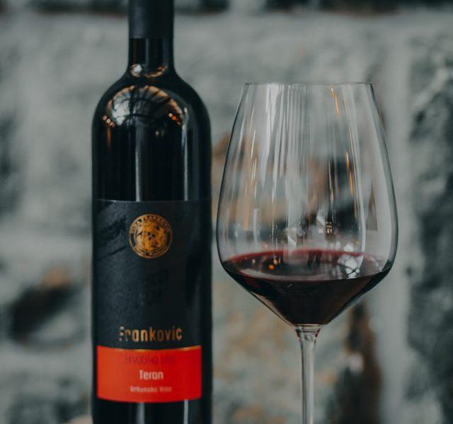 Ljepota okusa Terana u vinskoj čaši
